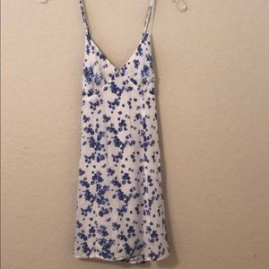 Spaghetti strap floral print dress